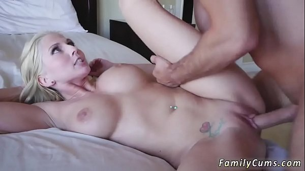 Real mom, Mom and daughter, Amateur threesome, Amateur moms